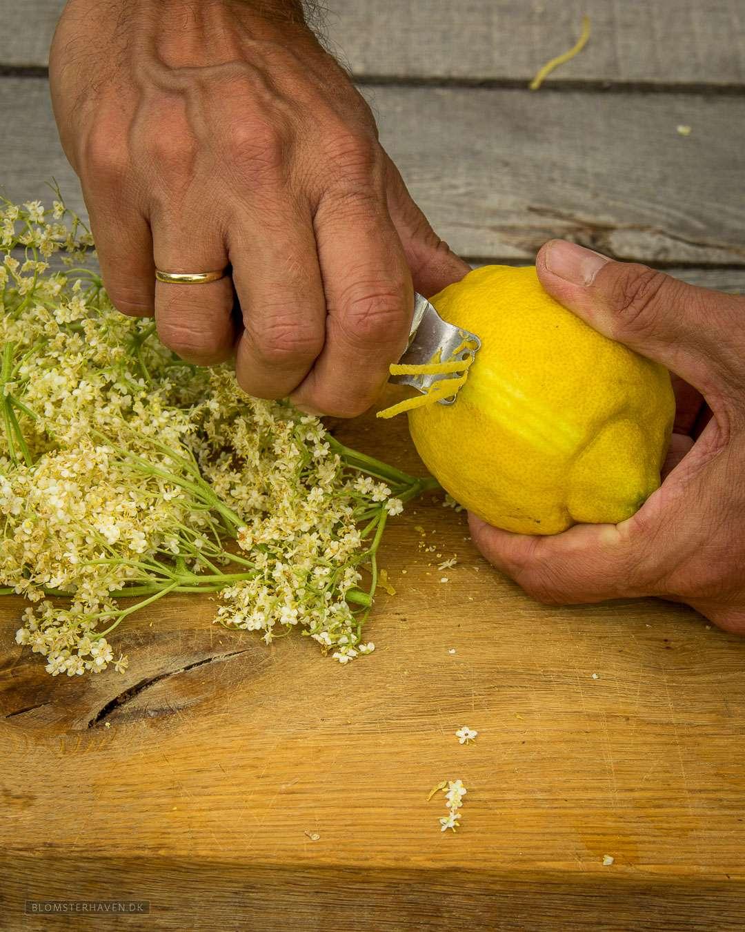 et juliennejern bruges til at skrælle en citron
